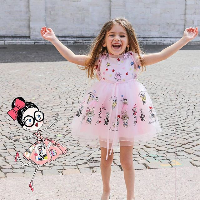 Our Mini Simonetta has just found her bestfriend!  Thanks to @emilykornya for…