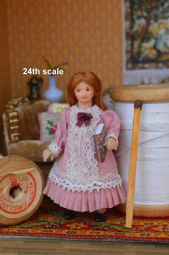 Miniature Doll Polymer Dollhouse in 1:24  girl Collectible