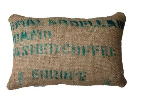 Cómo hacer cojines con tela de saco de café tamaño XL. – WIKI PILLOW
