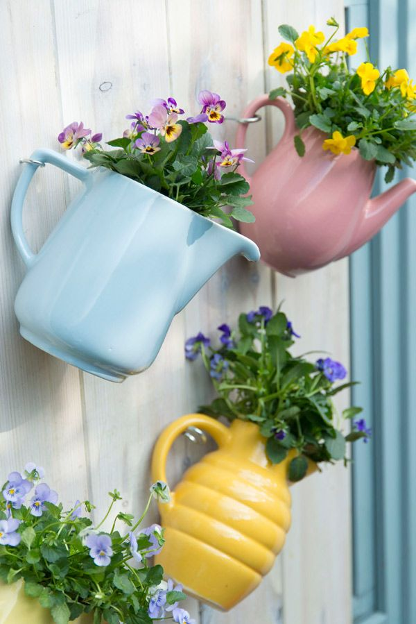 Neem een duik in je keukenkast en maak er een potje van! Kijk voor meer tips op www.tuinen.nl #upcycle #diy
