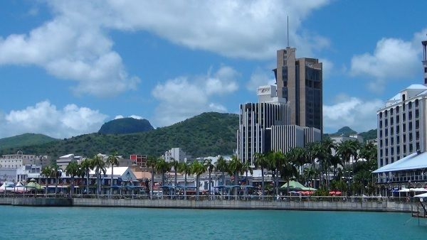 The caudan waterfront by day and by night discover - Restaurants in port louis mauritius ...