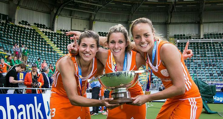 3 champignons; left Kim Lammers winner of the best goal, middle Ellen Hoog best player and right Maartje Paumen top scorer. World Championship hockey tournament 2014