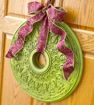 "Paint a ceiling medallion and create a ""wreath."" Awesomeness!"