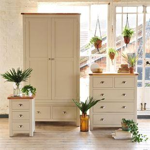 Wooden Furniture Clearance Sale | Oak, Solid Wood and White Furniture Clearance Sale | The Cotswold Company