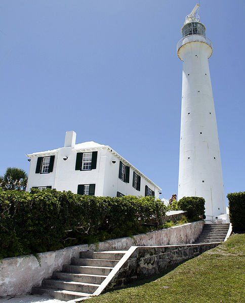 Gibbs Hill Lighthouse   #Bermuda #Caribbean_Beach_Resort ~ http://VIPsAccess.com/luxury-hotels-caribbean.htmlLighthouses Vuurtoren, Lights House, Hills Lighthouses, Gibbs Hills, Lighthouses Bermuda, Lighthouses 1846, Outstanding Lighthouses, Caribbean Lighthouses, Beautiful Lighthouses