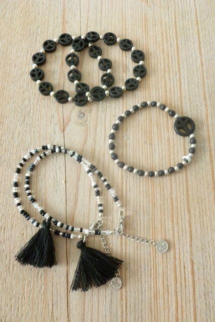 5 stuks armbandjes black Livia Jewels www.villavica.nl #uitverkoop #opheffingsuitverkoop