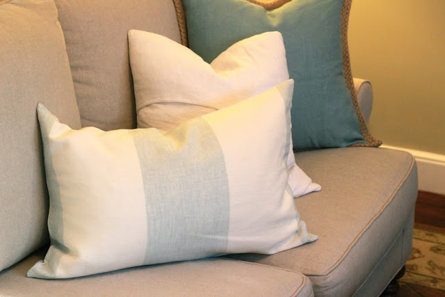 Jenny Steffens Hobick: Home : How to Make a Pillow Case (without a zipper, in 10 minutes)