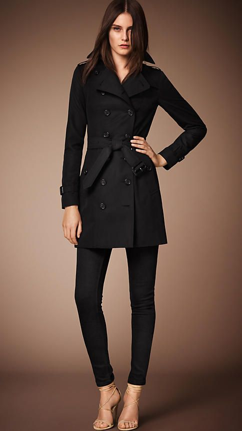 The Sandringham - Mid-Length Heritage Trench Coat | Burberry 1,695