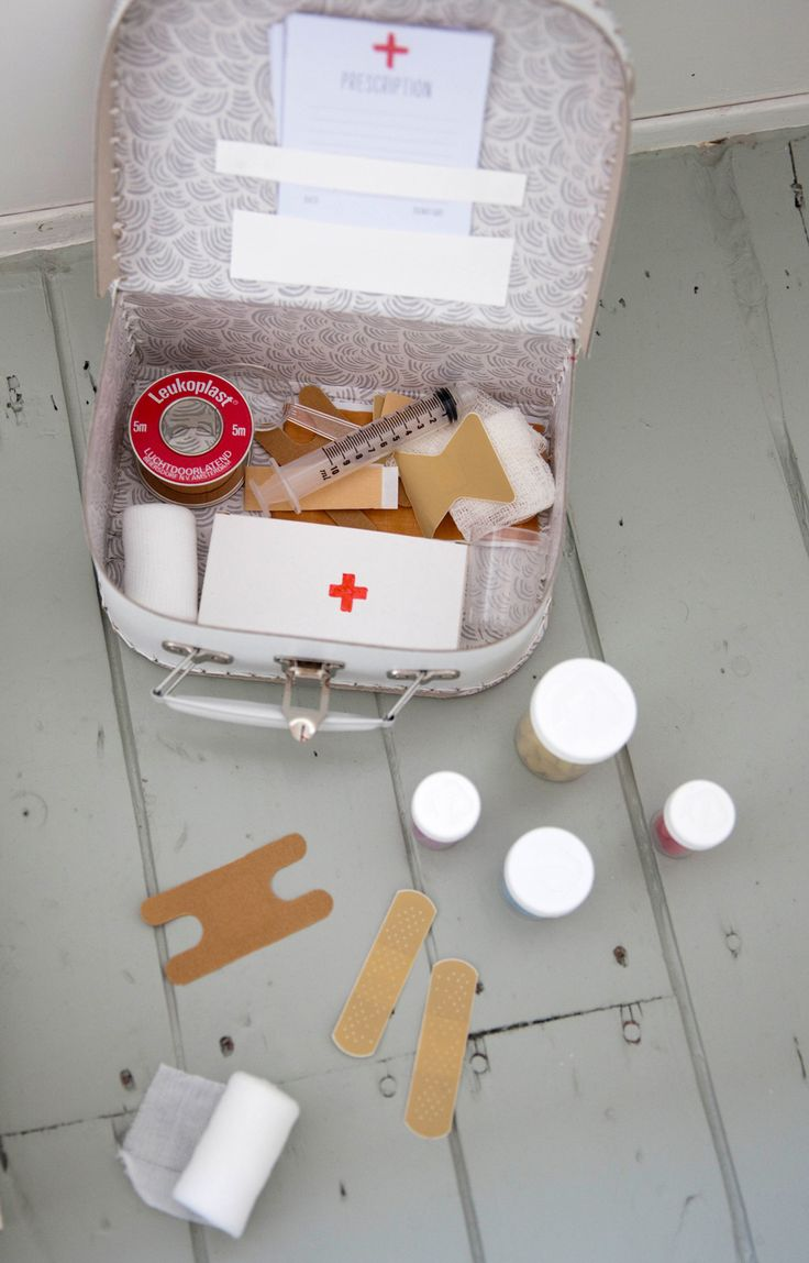 Doll first aid kit allows kids to engage in medical play and better understand what is happening in the hospital.