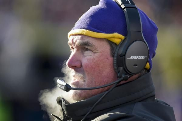 May 26 (UPI) — Despite missing OTAs, Mike Zimmer says he'll be back soon to coach the Minnesota Vikings. Zimmer met with the media Friday, where he said he is not considering retirement. He has had eight surgeries on his right eye since last fall. On Monday, the team released a... - #Coach, #Mike, #Minnesota, #Puts, #Retiring, #Thin, #TopStories, #Vikings, #Zimmer