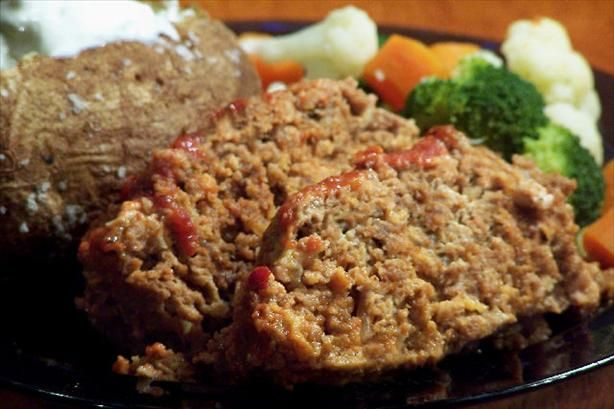 Cora made and served meatloaf with mashed potatoes and veges.