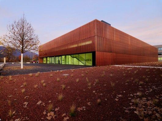Sports Hall St. Martin / Dietger Wissounig Architekten © Paul Ott