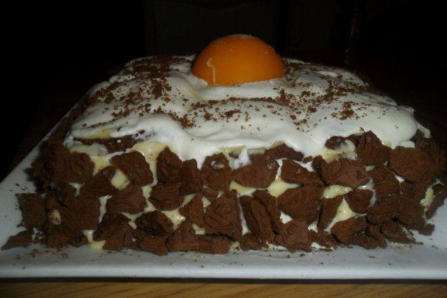 Torta chocolinas con duraznos y crema chantilly