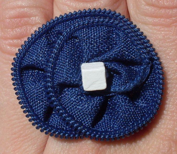 Zipper ring