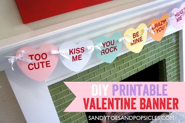 Easy DIY Valentine's Day Banner | Free Printable #Valentines_day #free_printables #conversation_hearts