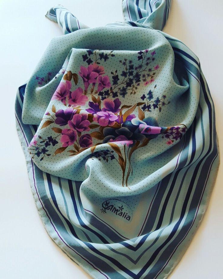 #vintageshop #vintage #flowers #scarf #foulard #madeinitaly #silk #etsy