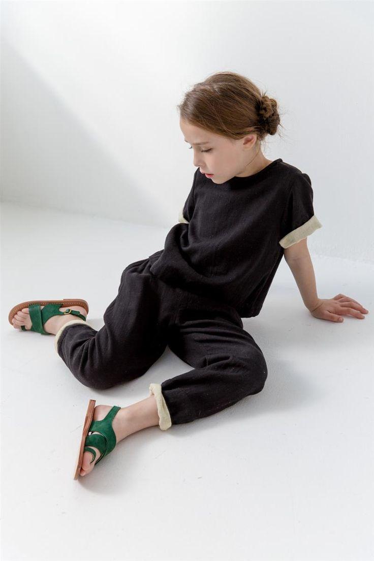 Pierrot Tee. Black, Kids. Clothing. Style. Girls. Little babies. GAP