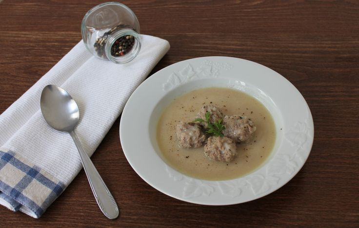 "Γιουβαρλάκια αυγολέμονο| Meatballs soup aka ""Giouvarlakia"" with lemon & egg sauce"