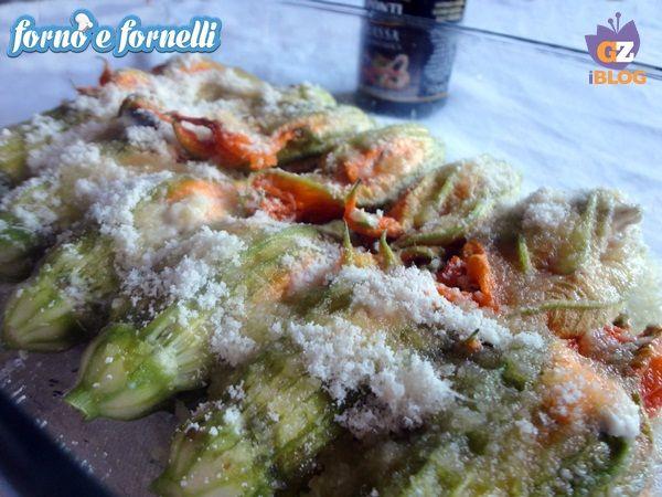Fiori di zucca gratinati, ricetta antipasto http://blog.giallozafferano.it/fornoefornelli/fiori-di-zucca-gratinati-ricetta-antipasto/
