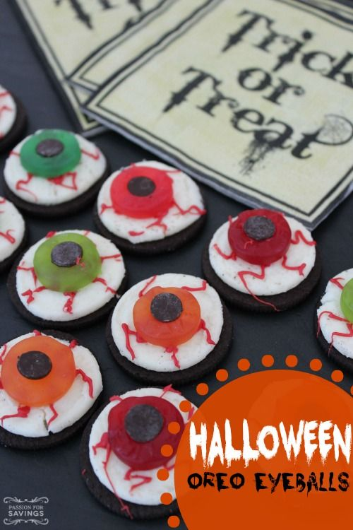 easy scary snack recipe or dessert recipe for a fall costume party or easy kid friendly desserts - Toddler Halloween Treat Ideas