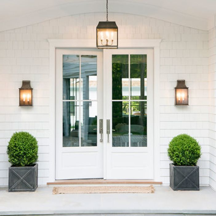 front entry sconces and pendant! and greens!