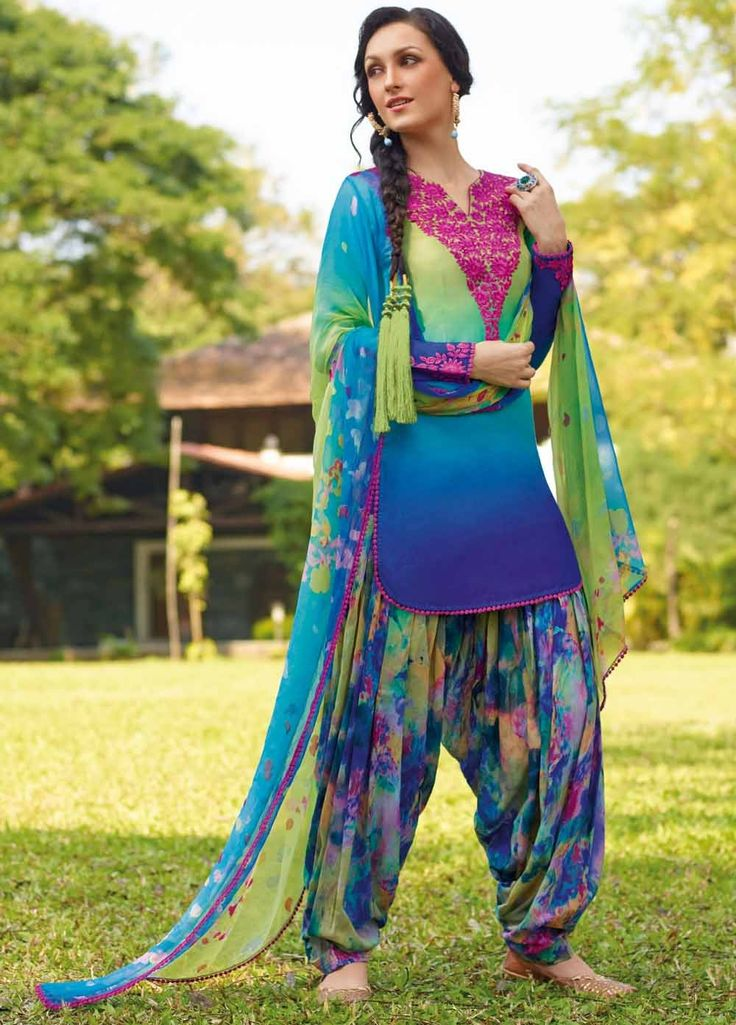 Fabulous and #Beautiful Shaded Lawn #Cotton #Suit with Bamberg Chiffon Dupatta 8282B. #ShopNow Product price #Rs3499, #ReadyToShip, #EID25%Discount