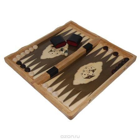 """Игровой набор 3в1 """"Шахматы, шашки, нарды"""". 0176  — 5024 руб.  —  Игровой набор 3в1 """"Шахматы, шашки, нарды"""" представляет собой деревянный кейс с полями для игр, игровые фишки и фигуры. Все предметы набора выполнены из дерева (дуб). Внутренняя поверхность - поле для игры в нарды, внешняя поверхность - поле для игры в шашки и шахматы. В комплекте - шахматные фигуры, фишки, пять игральных кубиков и два стакана для их перемешивания. Шахматы, шашки, нарды - это интересные занимательные игры…"""