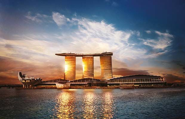 Singapore is the incredible bursting city with impressive skyscrapers, theme parks, iconic attractions and diversification.  https://goo.gl/dMY6d0