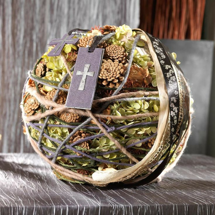 1000 ideen zu totensonntag auf pinterest grabschmuck for Floristik allerheiligen