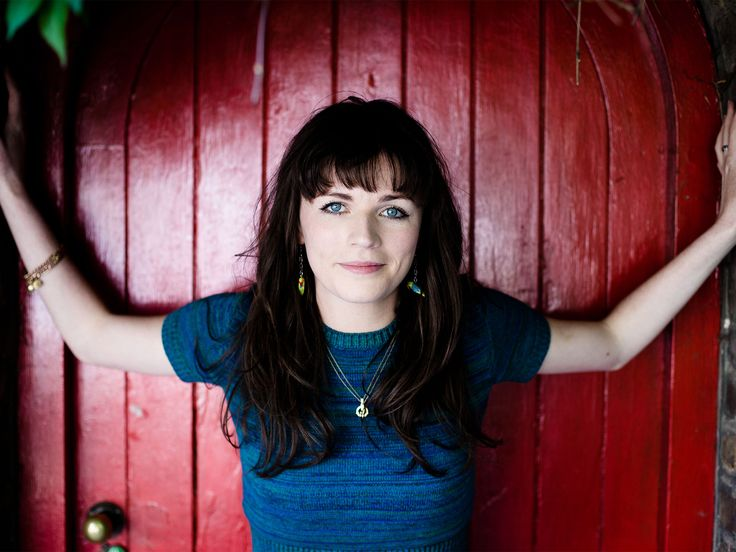 Aisling Bea (8 Out of 10 Cats, The Delivery Man, QI)