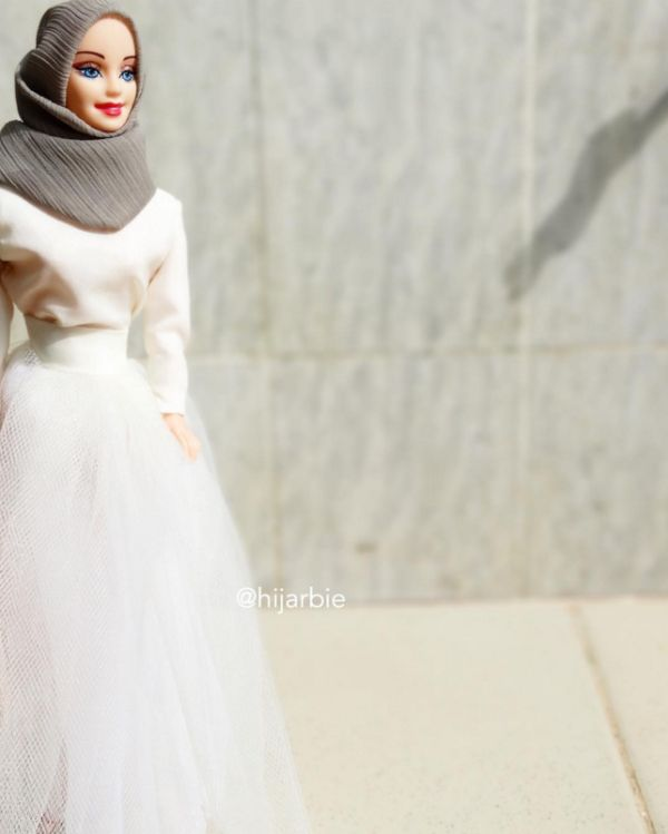 [Pics] Hijarbie (Hijab Barbie) Is the Cutest Thing on Instagram