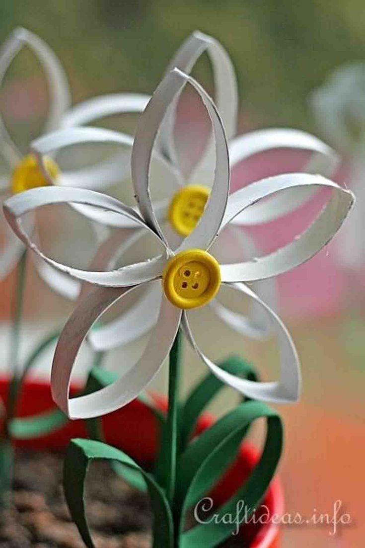 25 Frisches Papier für den Frühling: Diese Blume verwendet Toilettenpapierrollen. Perfekt f