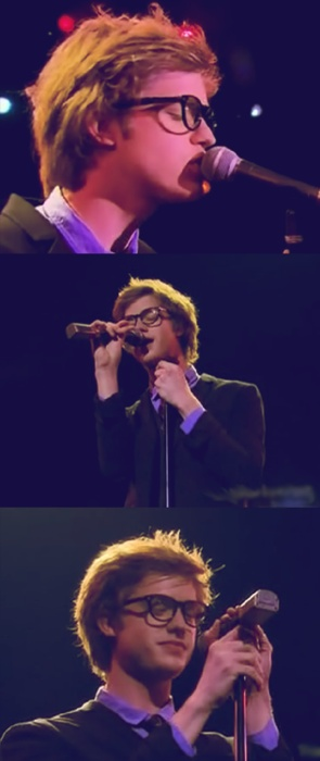 Superbe Cameron Mitchell Singing Your Song | I Wish I Could Be The Microphone Just  For That