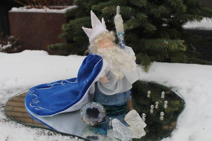 Koning Winter, King Winter, König winter, Waldorf, Vrije School, Schule, Handmade, DIY, handgemaakt, Vilt, Felt, Staf, ijs, edelstenen, pop, doll,
