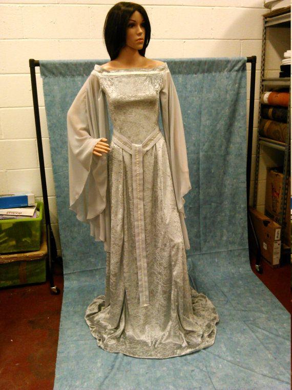Elfen Kleid keltische Hochzeitskleid von camelotcostumes auf Etsy