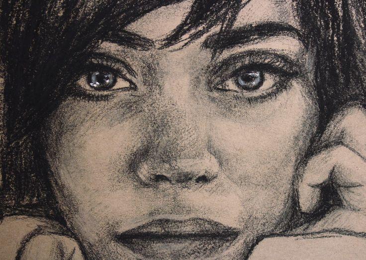 Watercolor portrait brunette girl. Girl passion. Портрет углем красивой брюнетки. Необычный взгляд. Графика by teslimovka on Etsy