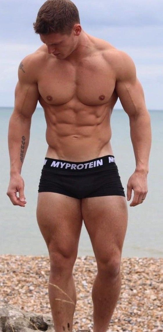 Pin By Robert Hamnel On Young Men In 2019 Pinterest Hot Guys