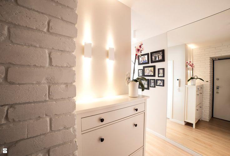 Mieszkanie w Gdyni (Columbus Witomino) - zdjęcie od Martyna Musial - Hol / Przedpokój - Styl Skandynawski - Martyna Musial