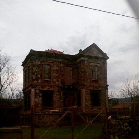 Mitilene lesvos island abandoded house