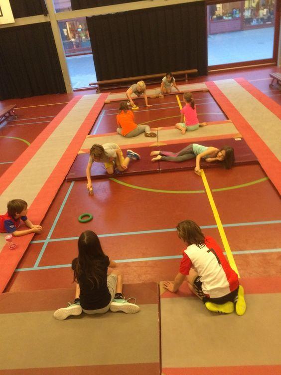Onderwijs en zo voort ........: 2894. Gymactiviteiten : Airhockey met blokjes