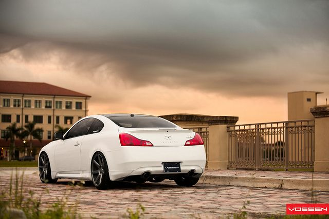 25 best ideas about infiniti g37 on pinterest used for Garage infiniti cannes