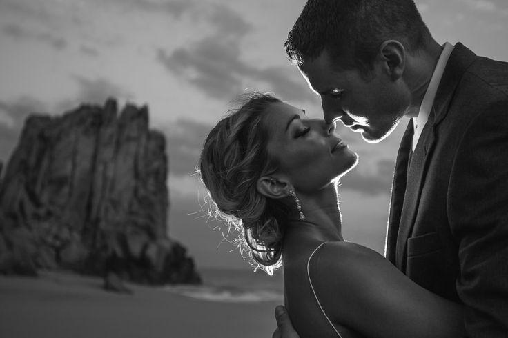 Romantic wedding shoot #loscabos #weddingsinloscabos #cabophotographer #josafatdelatoba #caboweddings #weddingphotography #weddingphotographer