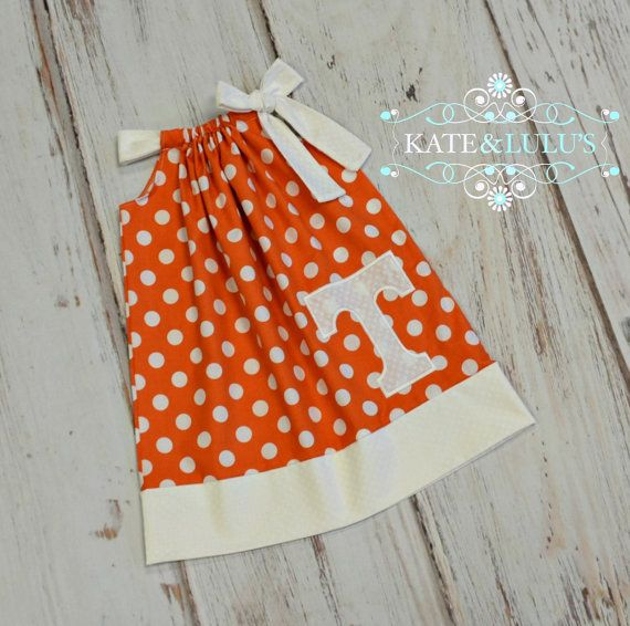 This listing is for an adorable Tennessee game day Dress. This dress is so soft and easy to wear. Its perfect for the warmer months at the beginning