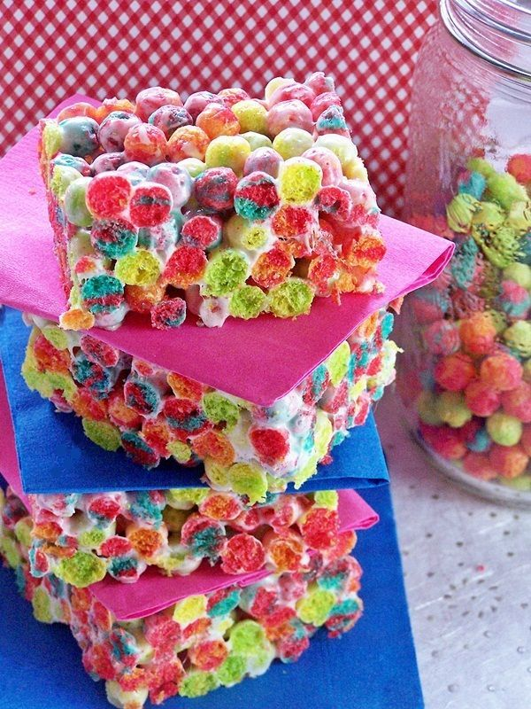 trix instead of rice krispies -- perfect for a kids party or sleepover or just about anytime (or fruity pebbles!)Kids Parties, Recipe, Child Birthday, Monsters Parties, Spa Parties, Trix Krispie, Krispie Treats, Rice Krispie, Rice Crispy Treats