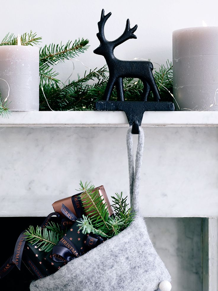 1000 Ideas About Stocking Holders On Pinterest Christmas Stocking Hangers Christmas Stocking
