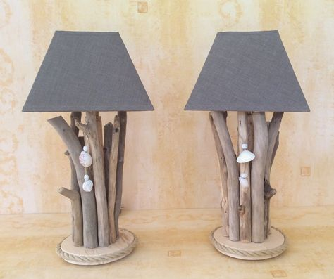 Lampes en bois flotté par l'Atelier de Corinn…