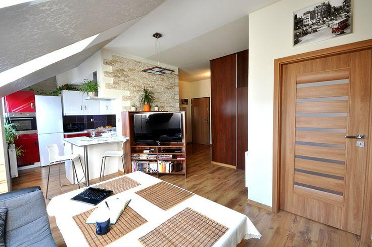 Salon centralnym miejscem w mieszkaniu.
