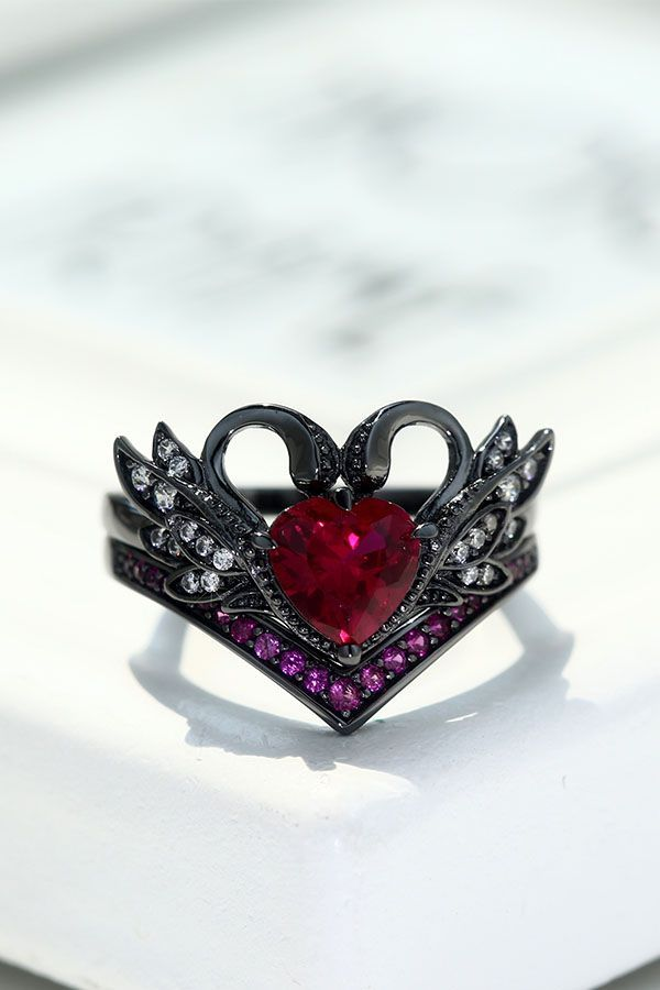 Vintage Black Swan Engagement Ring With Heart Ruby For Women