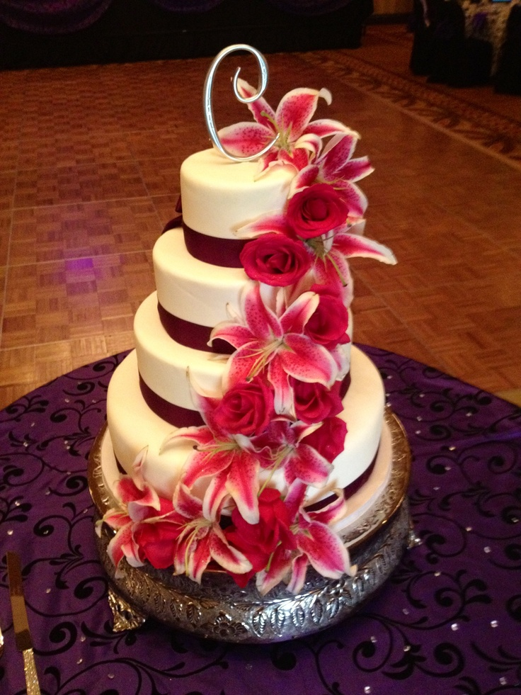 Roses Lily Wedding Cake White Lilies Red Roses Aqua
