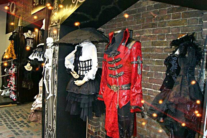 Towards the back of Camden Lock Market I found the more Gothic styling and I liked it for its eerie presentation